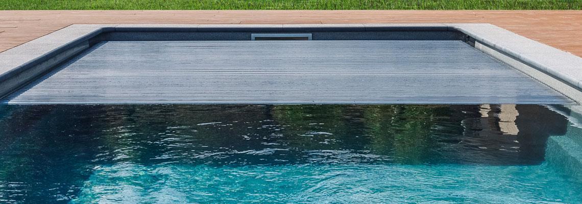 Choisir le rideau de piscine adéquat